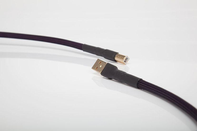 Live Cable - Signature USB Cable Detail #1
